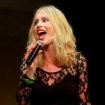 Anita zingt 'A thousand ways'